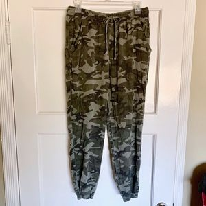 Camo Green Joggers - Windsor